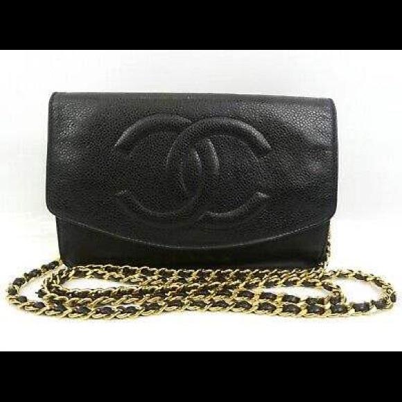 CHANEL Handbags - CHANEL black CC flap crossbody Caviar Gold chain
